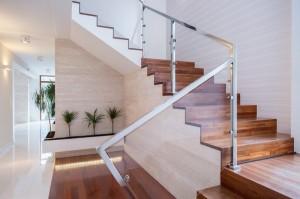 Производство лестниц на заказ для Вашего дома или квартиры