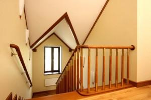 Надежная лестница в частный дом от производителя