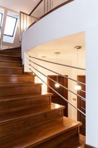 Деревянные лестницы Москва