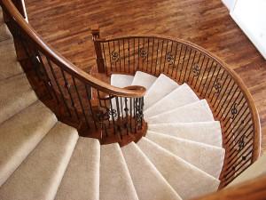 Изящная винтовая лестница