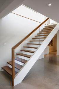 Установка лестницы, выгодная цена