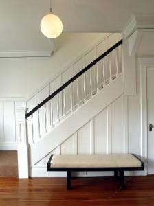 Купить лестницу на второй этаж в коттедж