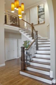 Изготовление лестницы на второй этаж в частном доме